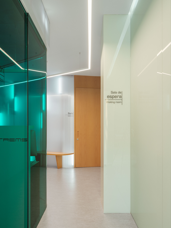 Clinica_Estrems_by_Raum_4142_foto_Luis_Diaz_Diaz_05cut