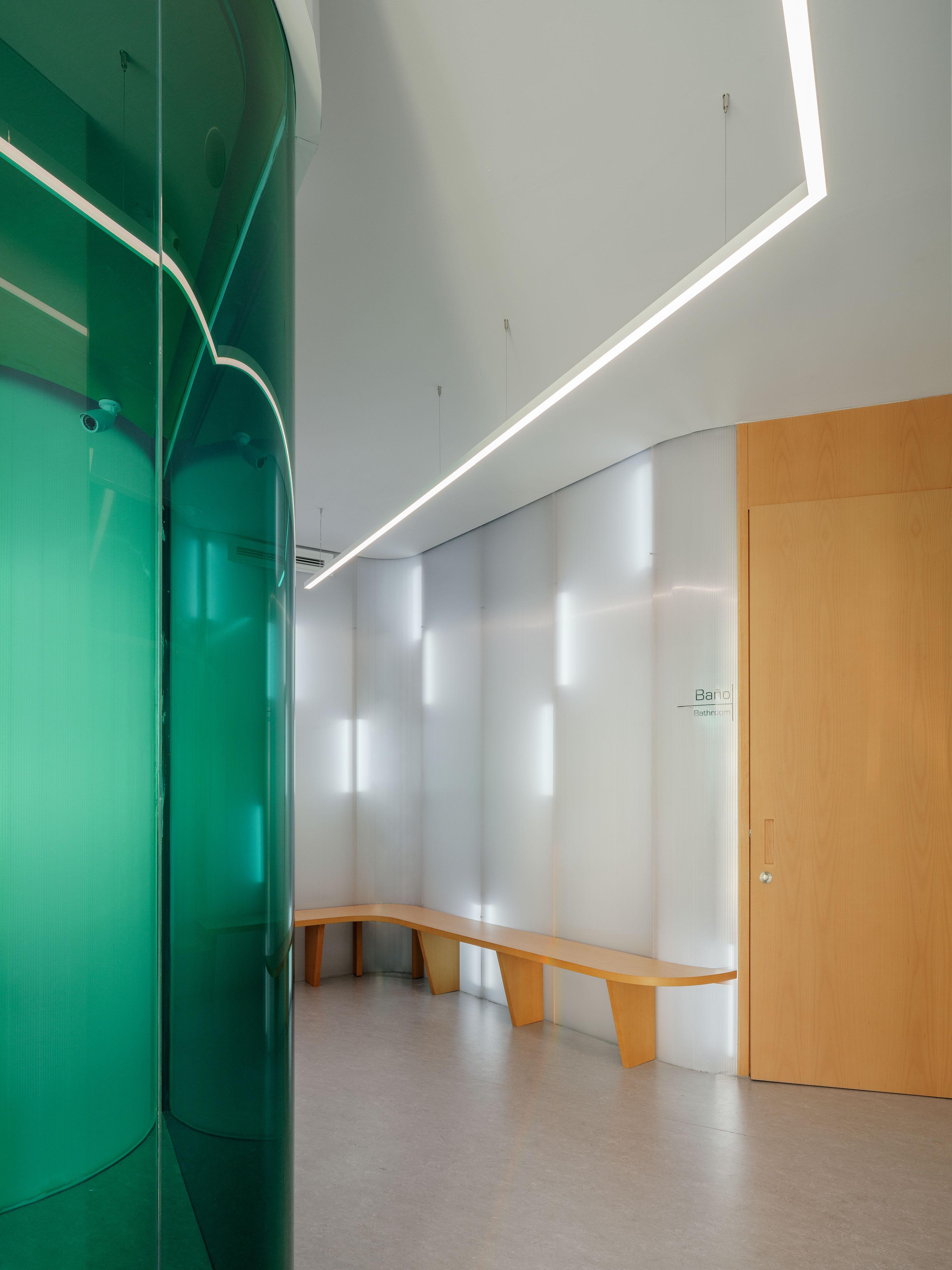Clinica_Estrems_by_Raum_4142_foto_Luis_Diaz_Diaz_08cut